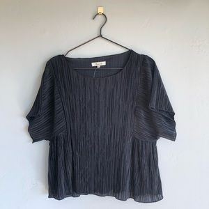 Madewell swingy romantic micropleat blouse